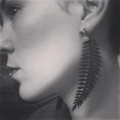 orecchini pendenti felce