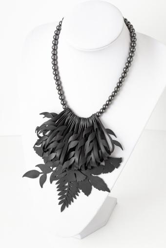 Collana Natura con perle di hematite grigio brillante
